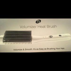 TB Volumizer Heat Brush